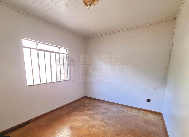 Casa para Locação - Centro, Ponta Grossa, PR